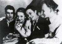 Z. Lutogniewski, A. Nowodworska, S. Grodzieńska i T. Chabros - spikerzy Pszczółki