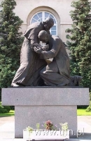 """Pomnik """"Homagium"""" - Jana Pawła II i Prymasa Tysiąclecia, fot. K. Ożóg"""